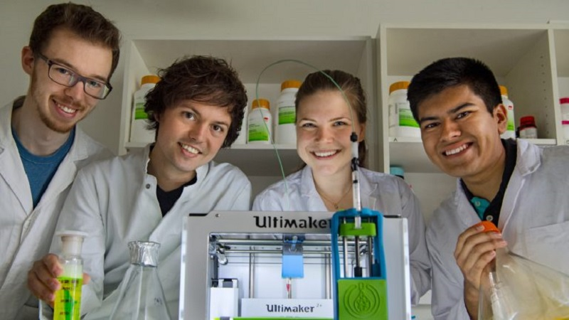 Students pioneer Scaffold Free Bioprinting with Hacked Ultimaker