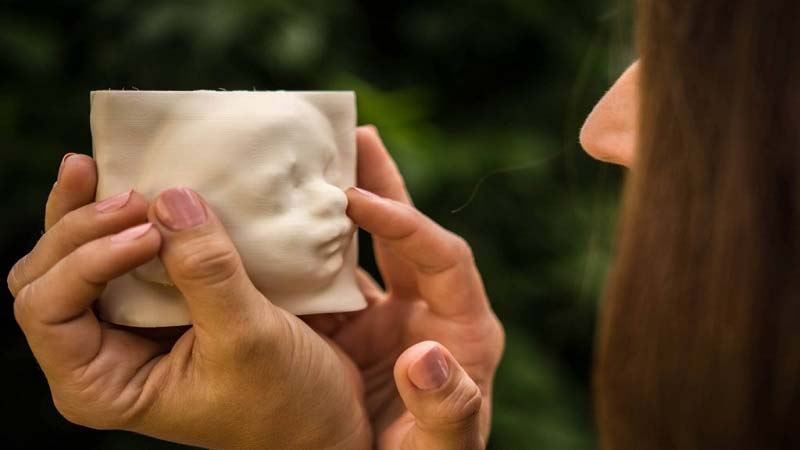 IN UTERO 3D Printed Models help Blind Mothers see their Children