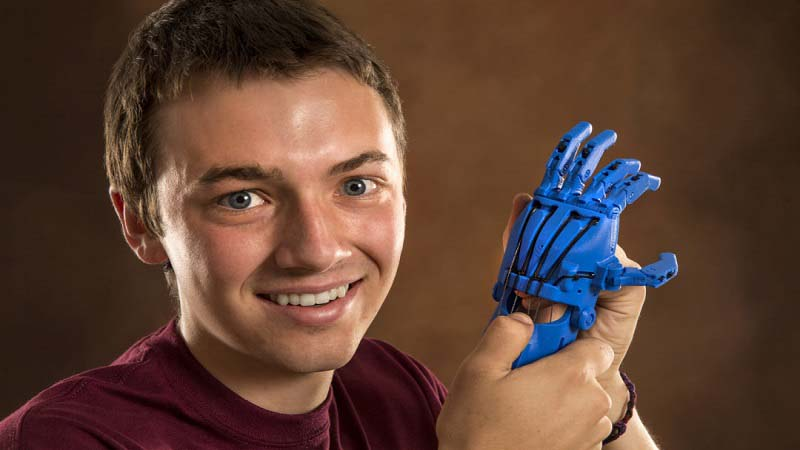 Eight Year Old gets 3D Printed Prosthetic Hand from CMU Students